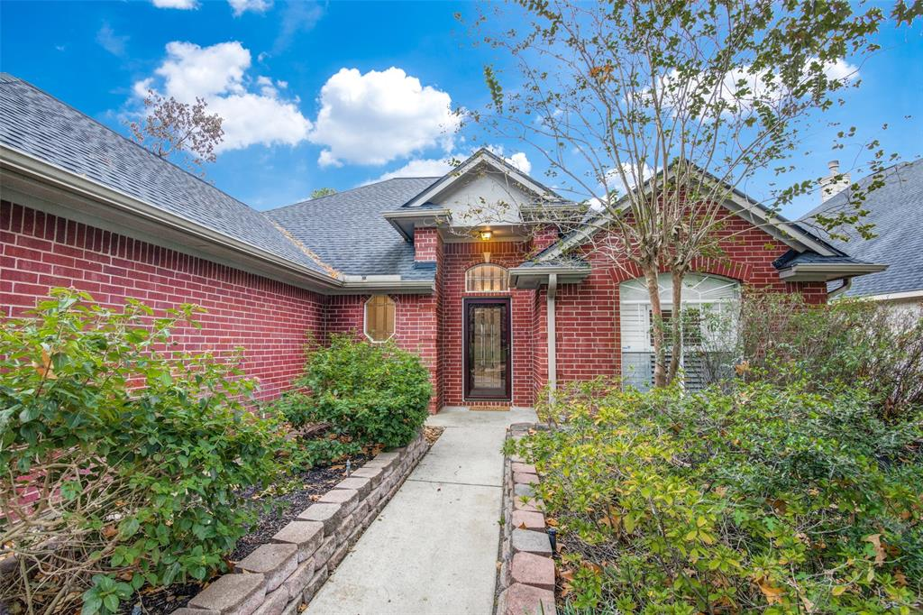 Pending Continue to Show | 12311 Browning  Drive Montgomery, TX 77356 5
