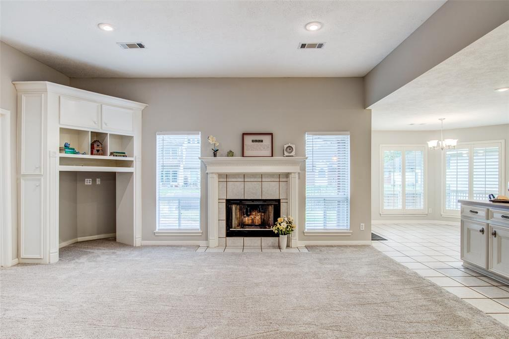 Pending Continue to Show | 12311 Browning  Drive Montgomery, TX 77356 6