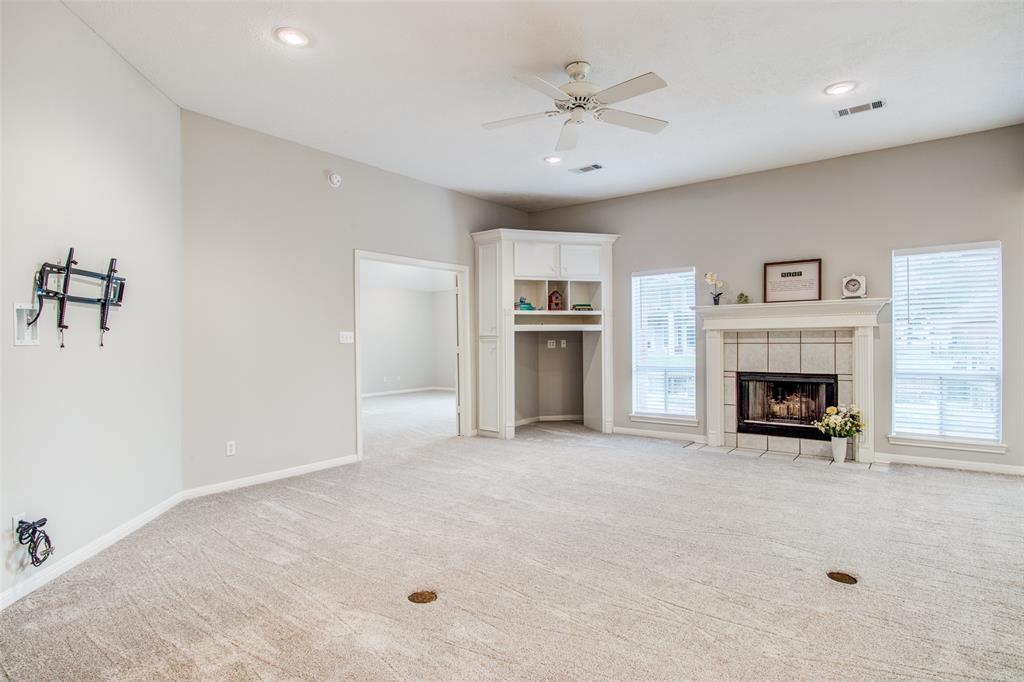 Pending Continue to Show | 12311 Browning  Drive Montgomery, TX 77356 7