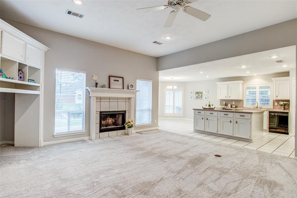 Pending Continue to Show | 12311 Browning  Drive Montgomery, TX 77356 8