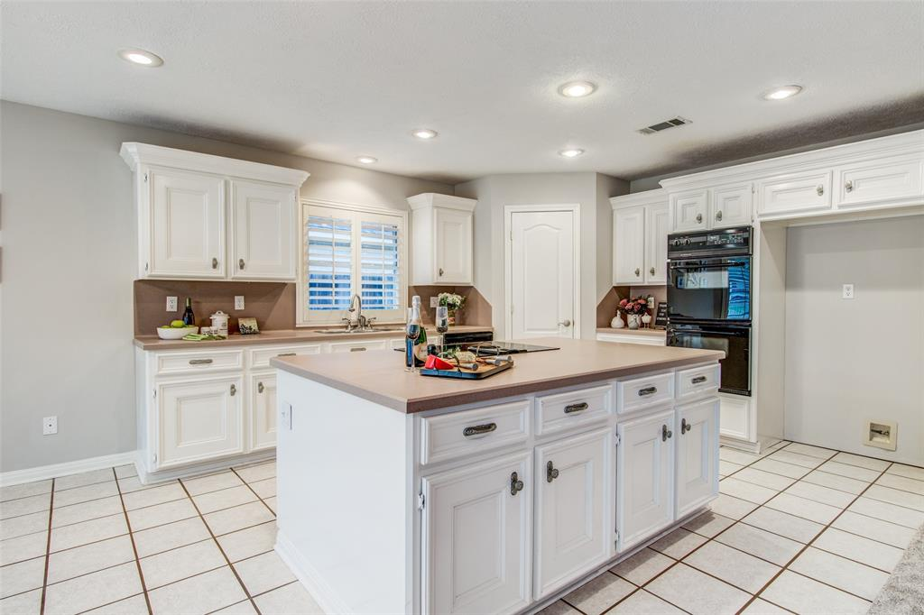 Pending Continue to Show | 12311 Browning  Drive Montgomery, TX 77356 10