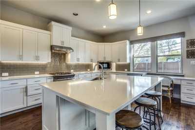 Sold Property | 5802 Anita Street Dallas, Texas 75206 9