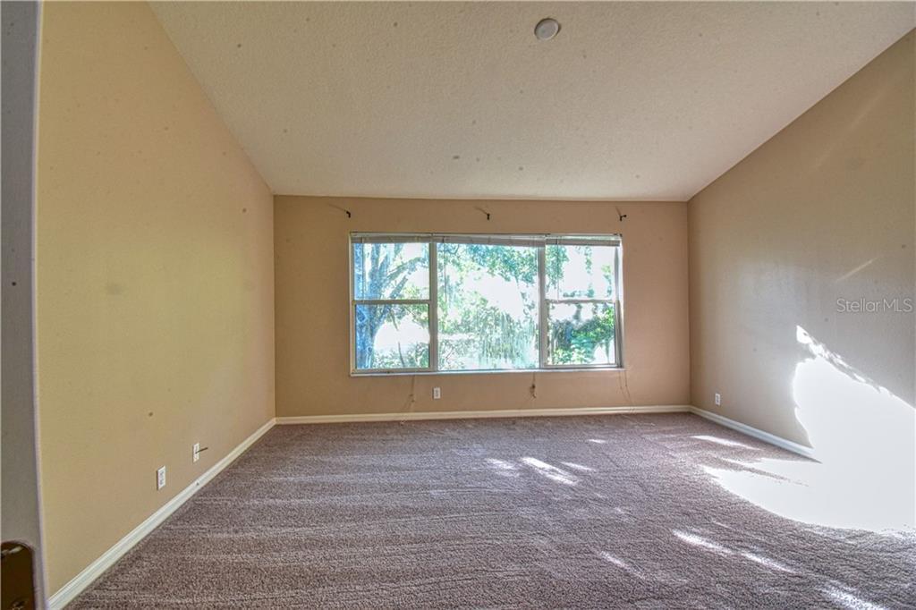 Sold Property | 4238 BISMARCK PALM DRIVE TAMPA, FL 33610 12