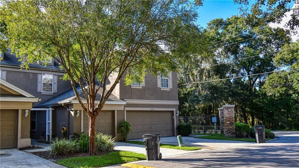 Sold Property | 4238 BISMARCK PALM DRIVE TAMPA, FL 33610 13