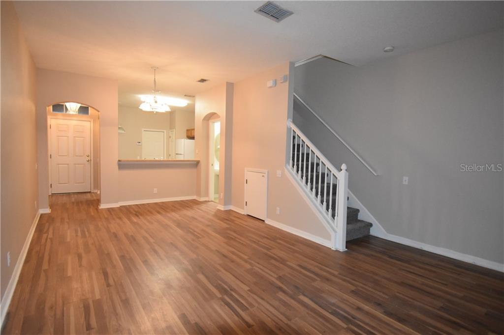 Sold Property | 4238 BISMARCK PALM DRIVE TAMPA, FL 33610 6