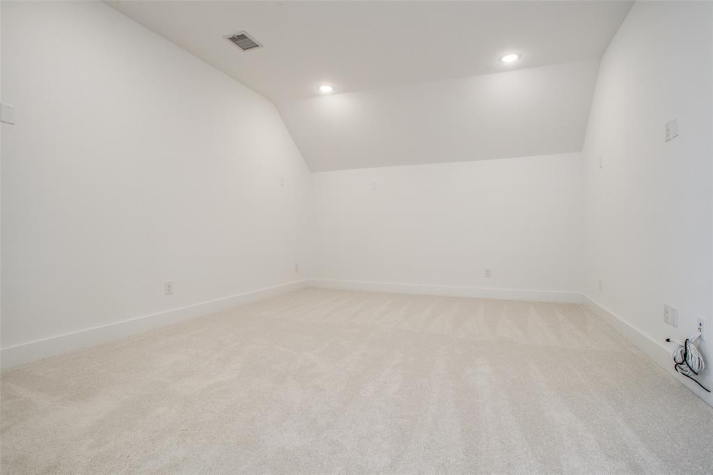 Pending   8036 Cabernet Street Frisco, TX 75035 18