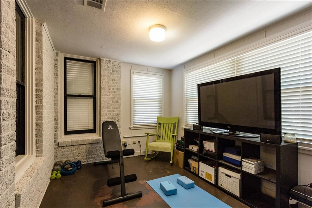 Sold Property | 834 Salmon Drive Dallas, Texas 75208 13