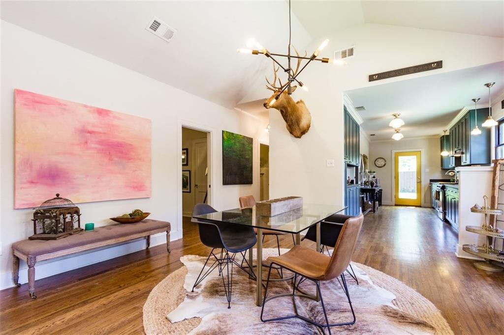 Sold Property | 834 Salmon Drive Dallas, Texas 75208 8