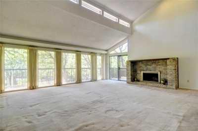 Sold Property | 2305 Wood Cliff Court Arlington, Texas 76012 4