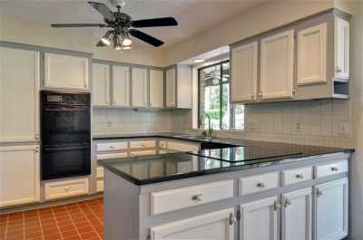 Sold Property | 2305 Wood Cliff Court Arlington, Texas 76012 7
