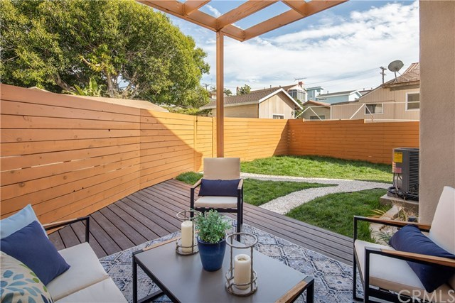 Homes for Sale in Redondo Beach | 308 N Francisca  Avenue Redondo Beach, CA 90277 15