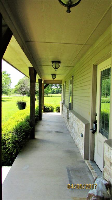 Sold Property   1190 Oak Valley Lane Corsicana, Texas 75110 2
