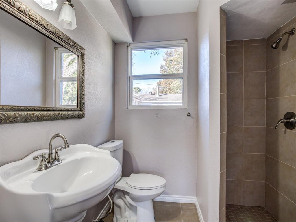 Sold Property   8809 Triton Lane Dallas, Texas 75227 11