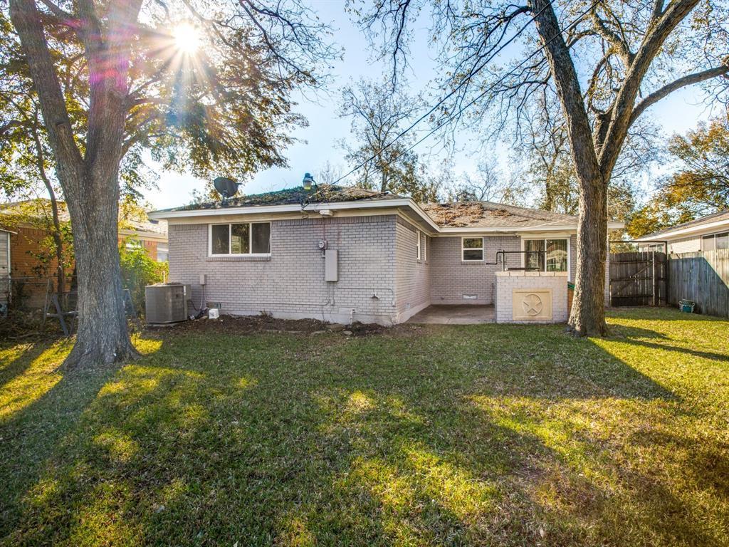 Sold Property   8809 Triton Lane Dallas, Texas 75227 12