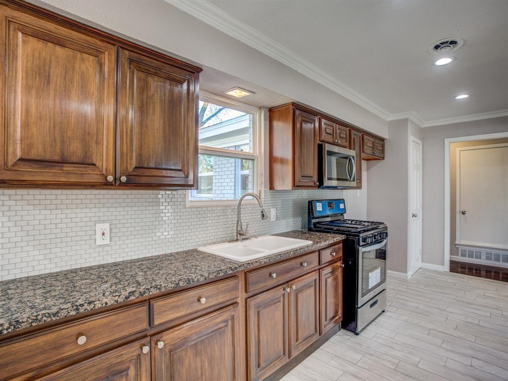 Sold Property   8809 Triton Lane Dallas, Texas 75227 4