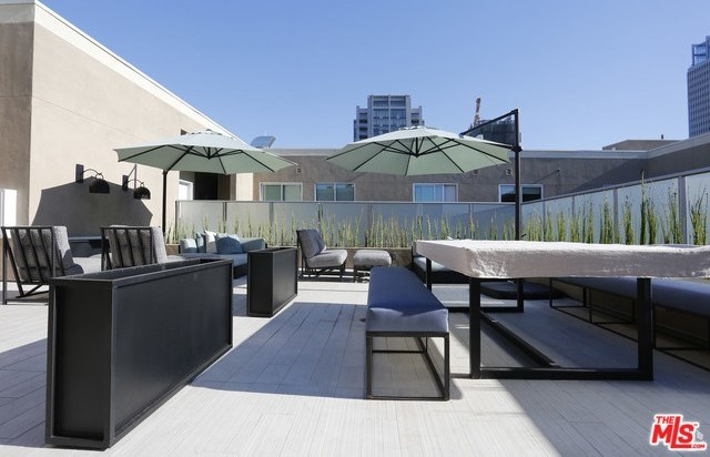 Property for Rent | 1249 S GRAND Avenue #61313 Los Angeles, CA 90015 1