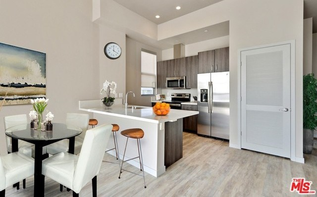 Property for Rent | 1249 S GRAND Avenue #61313 Los Angeles, CA 90015 7