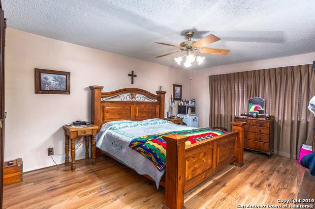 Active   8826 Ridge Gate St  San Antonio, TX 78250 9