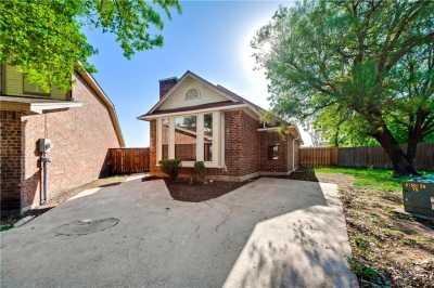 Sold Property | 945 Fairbanks Circle Duncanville, Texas 75137 1