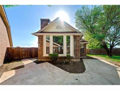 Sold Property | 945 Fairbanks Circle Duncanville, Texas 75137 2
