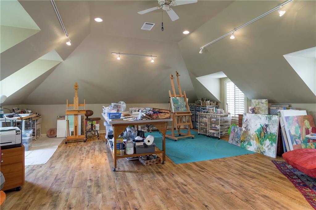 Sold Property   5307 Tennington Park Dallas, Texas 75287 28