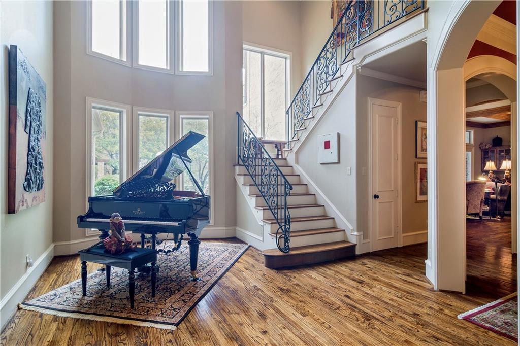 Sold Property   5307 Tennington Park Dallas, Texas 75287 6