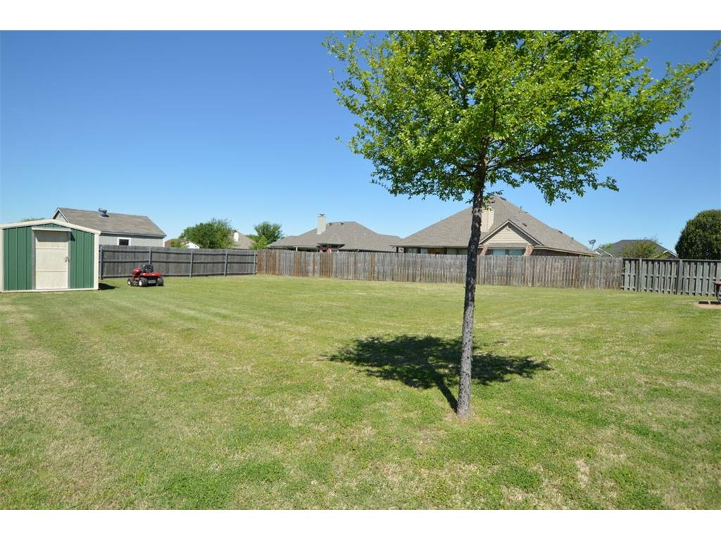 Sold Property | 1215 E 6th Street Krum, Texas 76249 19