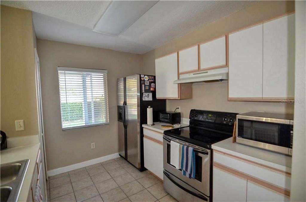 Sold Property | 1675 FLUORSHIRE DRIVE BRANDON, FL 33511 6
