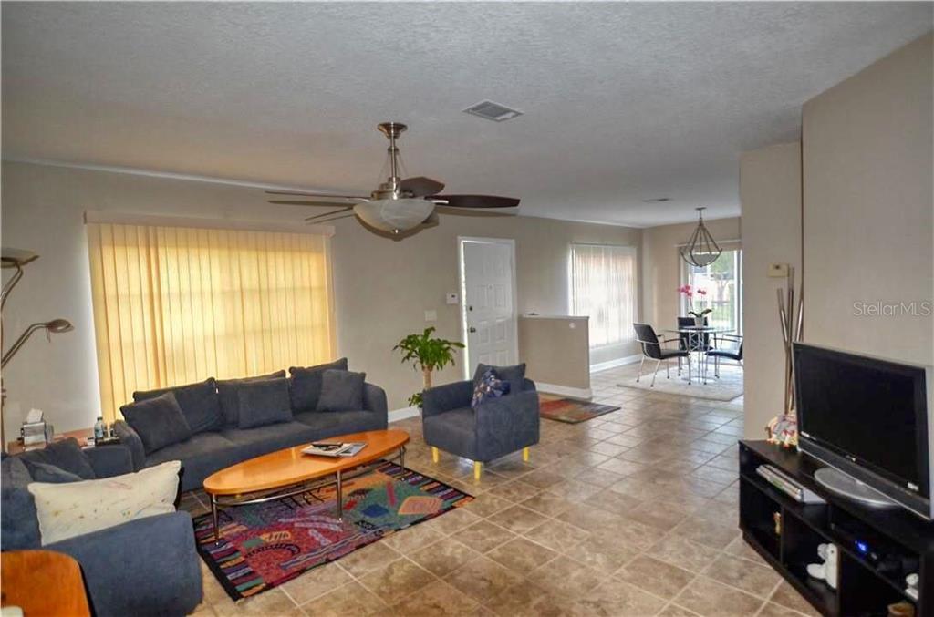 Sold Property | 1675 FLUORSHIRE DRIVE BRANDON, FL 33511 7