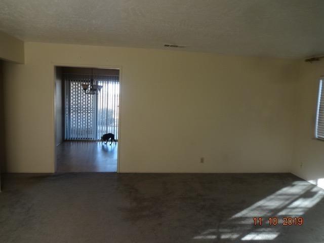 Pending | 14670 La Brisa Road Victorville, CA 92392 3
