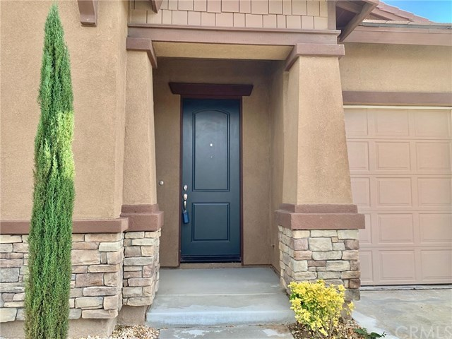 Closed | 1515 Coronado Beaumont, CA 92223 3