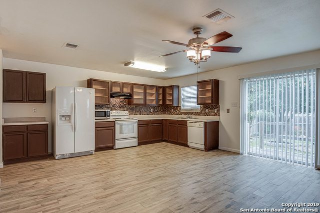 Property for Rent | 8807 SHAENWEST  San Antonio, TX 78254 8