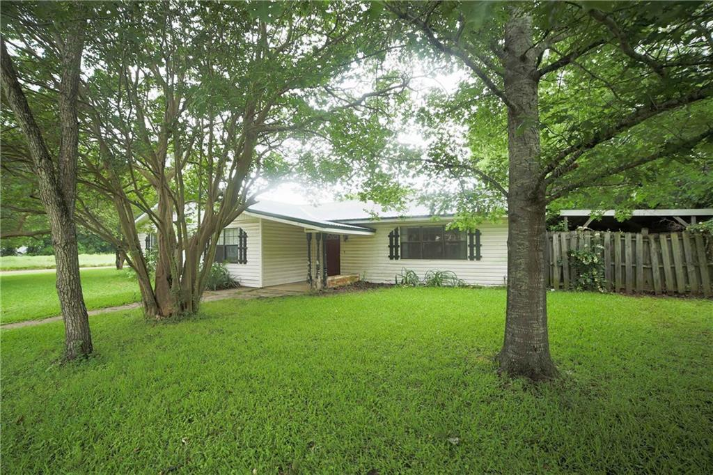 Sold Property | 301 N 5th Street Wortham, Texas 76693 3