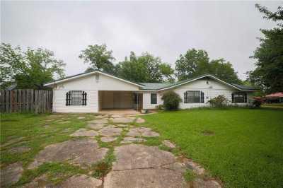 Sold Property | 301 N 5th Street Wortham, Texas 76693 4