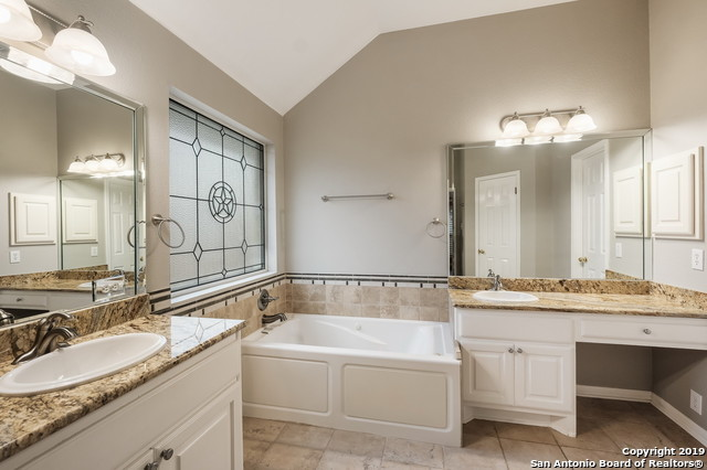 Off Market | 406 Persimmon Trail  San Antonio, TX 78256 14