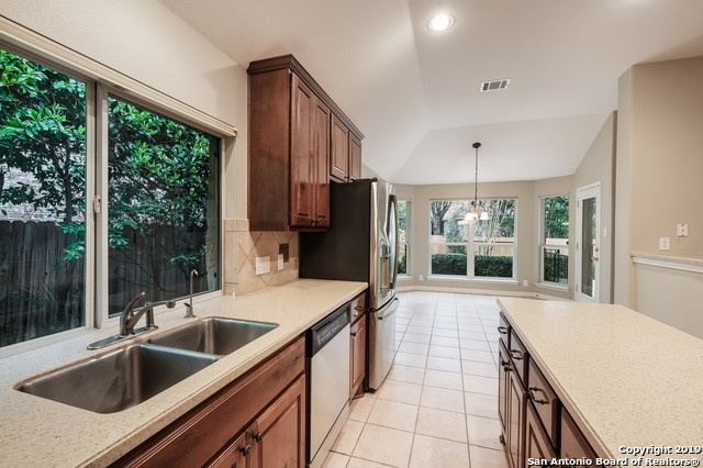 Off Market | 406 Persimmon Trail  San Antonio, TX 78256 10