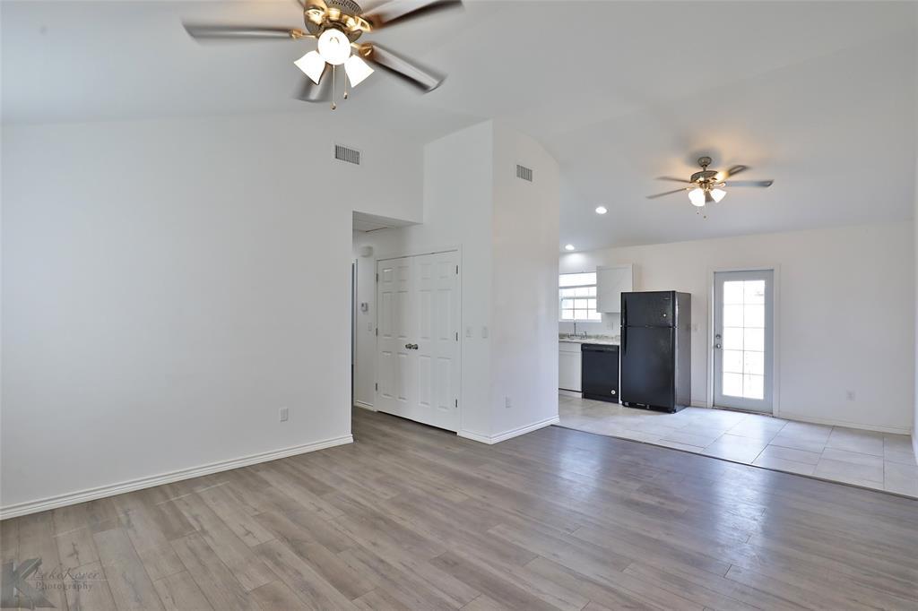Active | 857 Peach  Street Abilene, TX 79602 17