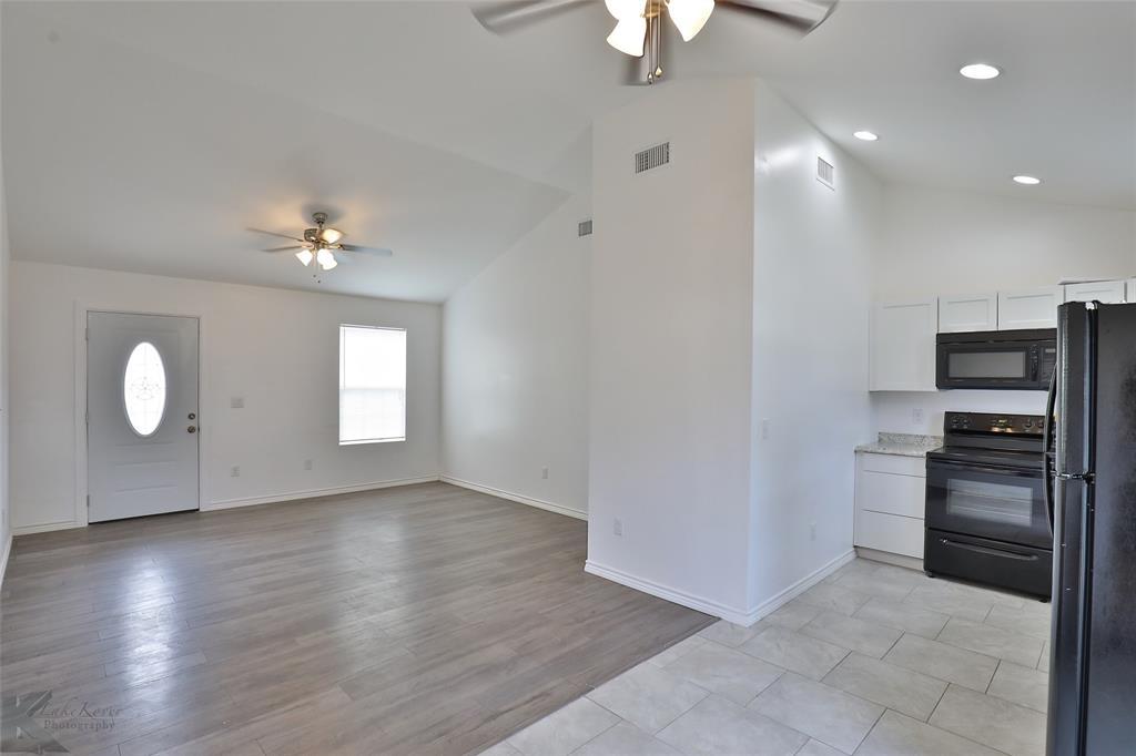 Active | 857 Peach  Street Abilene, TX 79602 19
