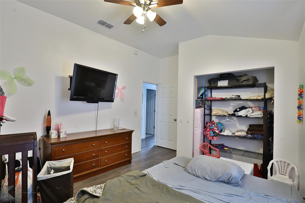 Active | 857 Peach  Street Abilene, TX 79602 35