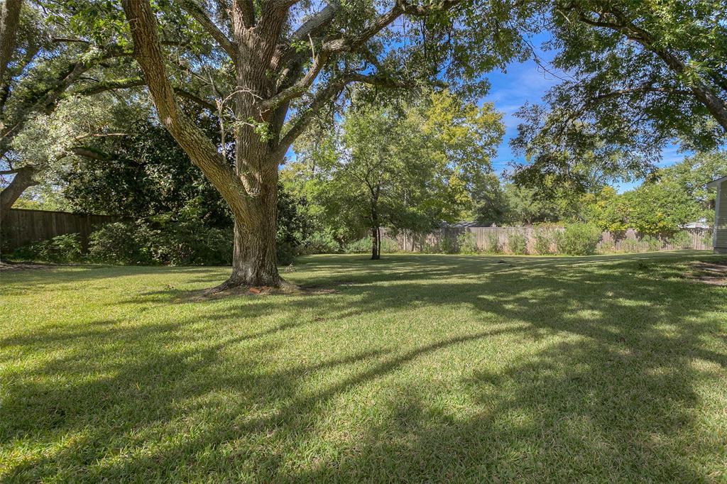 Active | 1106 Avenue O Huntsville, Texas 77340 33