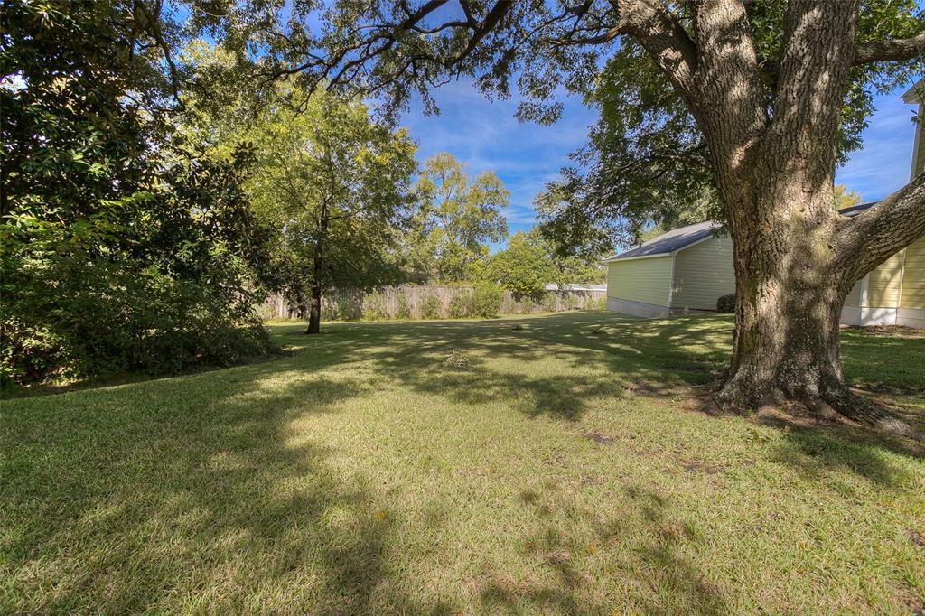 Active | 1106 Avenue O Huntsville, Texas 77340 37