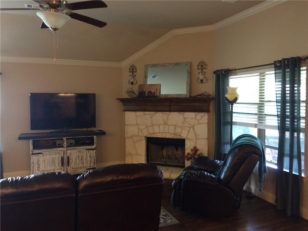 Sold Property | 108 Cambridge Street Waxahachie, Texas 75165 2