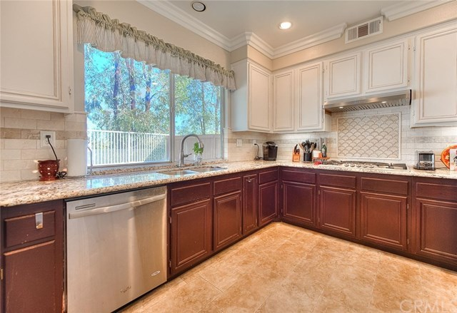 Closed | 6204 Park Crest Drive Chino Hills, CA 91709 24