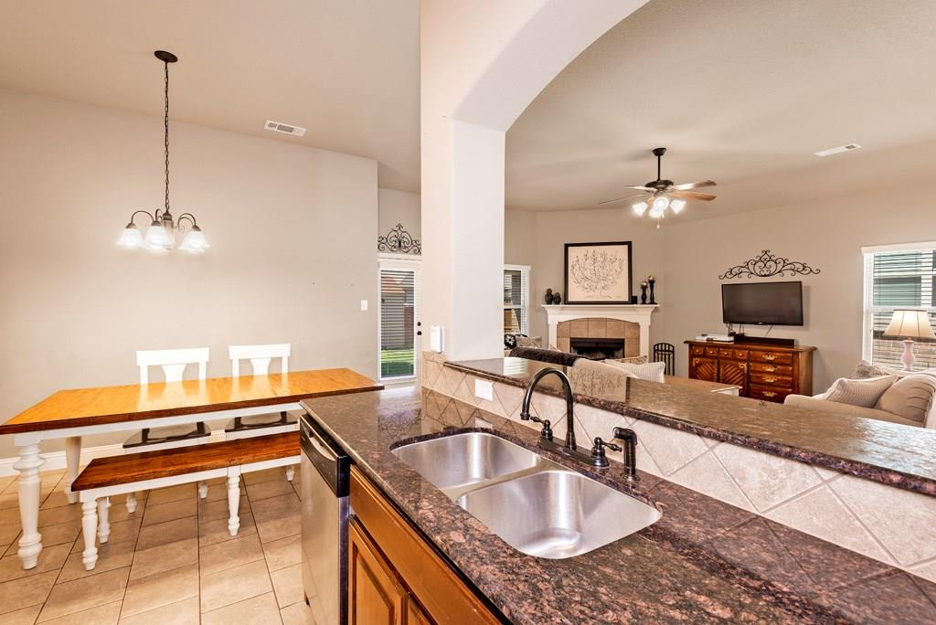 Sold Property | 403 Sunnyside Lane Red Oak, Texas 75154 13