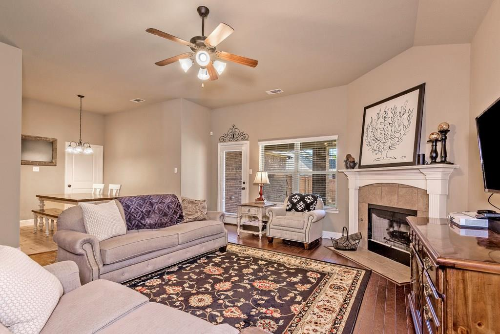 Sold Property | 403 Sunnyside Lane Red Oak, Texas 75154 5