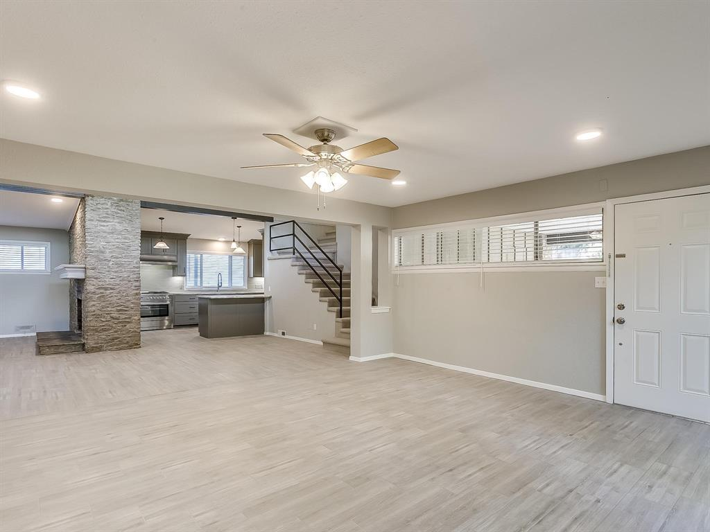 Active | 2733 Sandage Avenue Fort Worth, TX 76109 4
