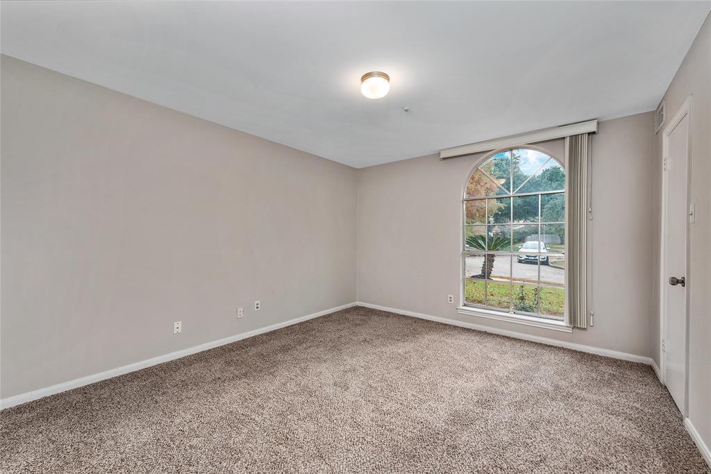 Option Pending | 10703 Braesridge Drive Houston, TX 77071 23