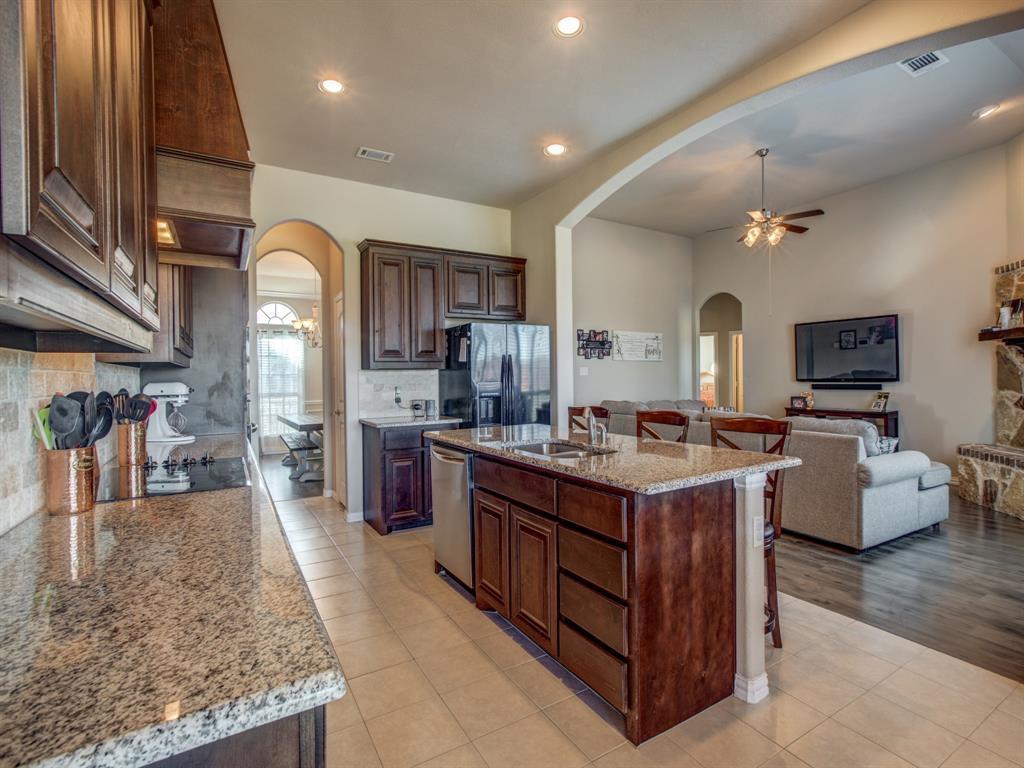 Sold Property | 113 Cardiff Lane Waxahachie, Texas 75167 4