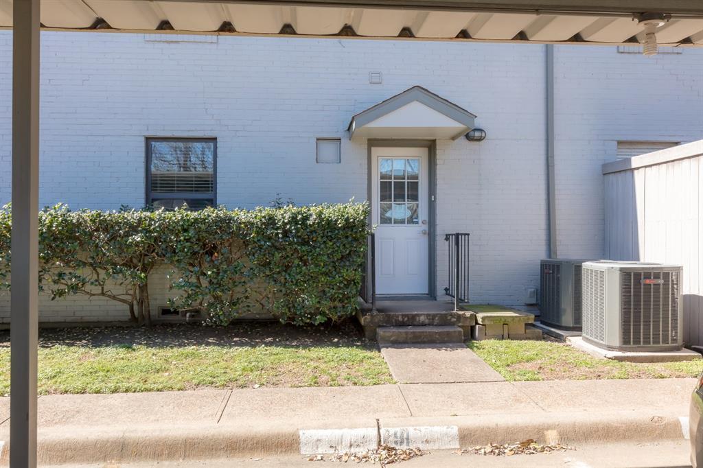 Leased | 4914 N Hall Street Dallas, TX 75235 15