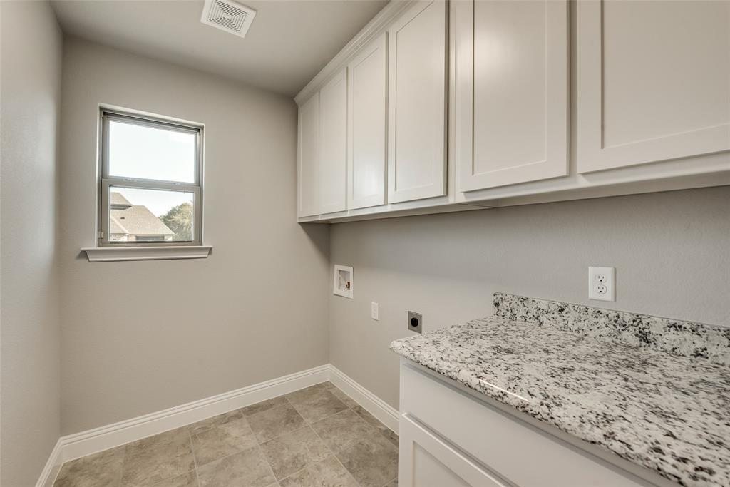 Active   12716 Aspen Springs Lane Fort Worth, TX 76052 18